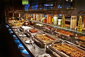 restaurant-freebies,-buffet